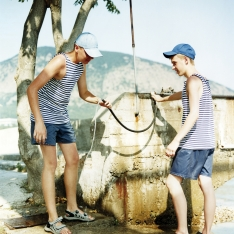 copyright: Frank Rothe | getting fresh water